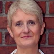 Annette Dr. Pitzer